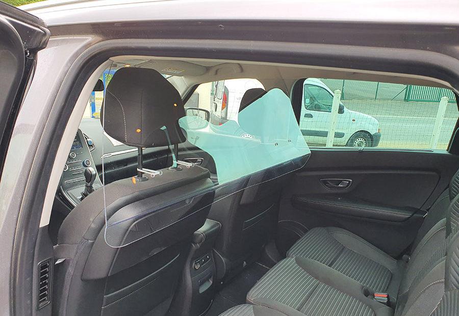 LB-Taxi-Plexiglass-Covid-19